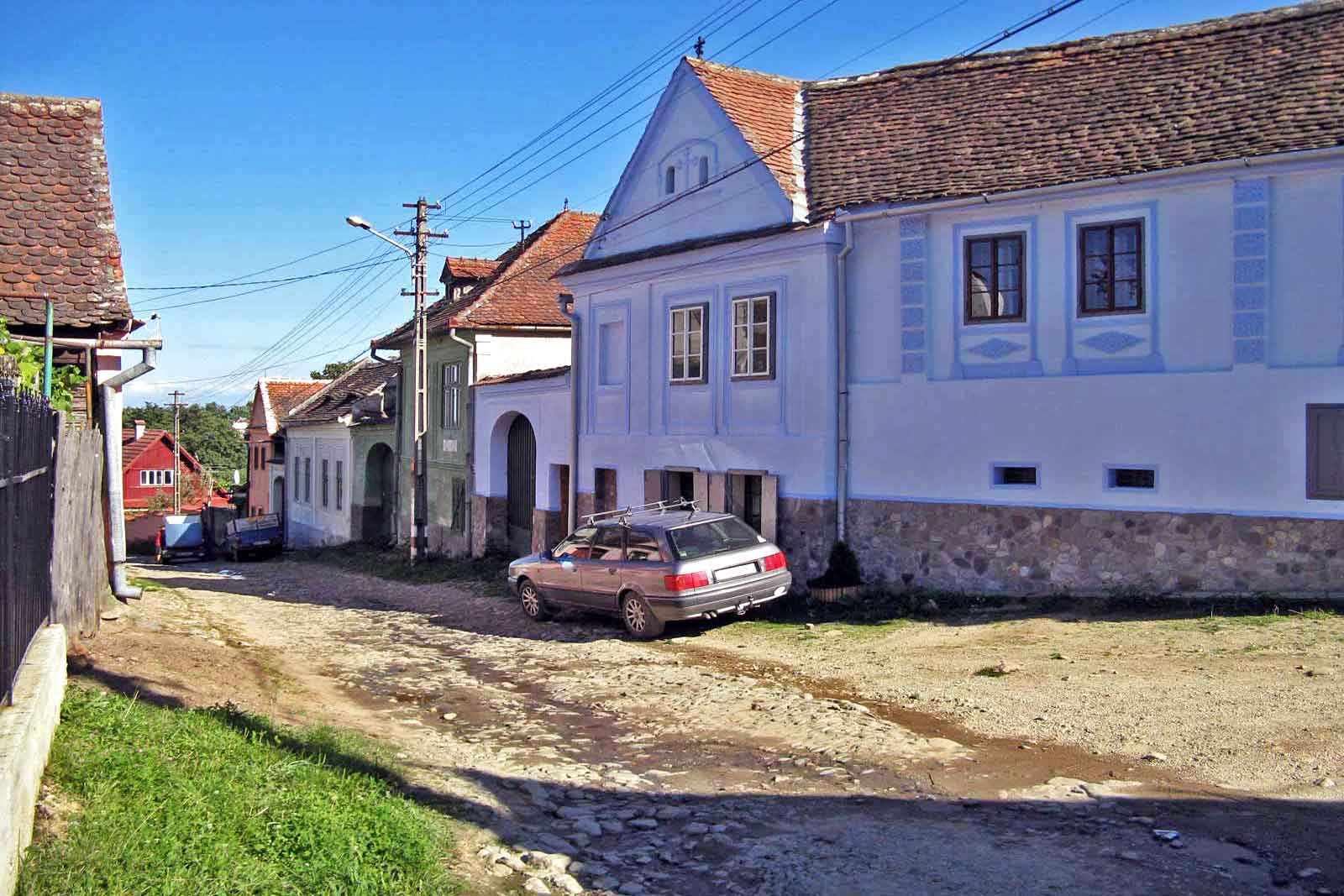 romania self catering holiday cottages to rent for 2-3 people