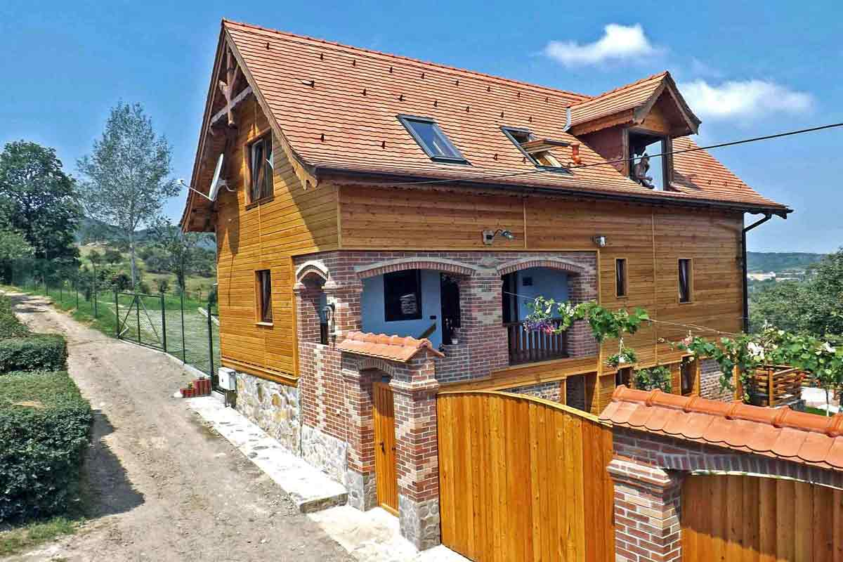 holiday chalets at the romania carpathian mountains