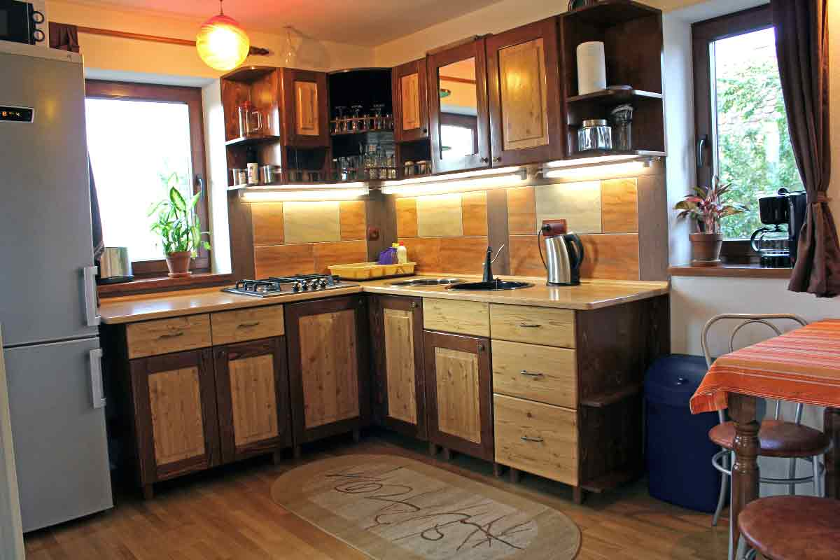 transylvania holiday chalet to rent for self catering romania vacation