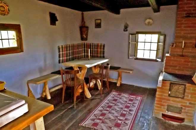 cozo fantu | carpathian log cabin holidays romania mountain hut