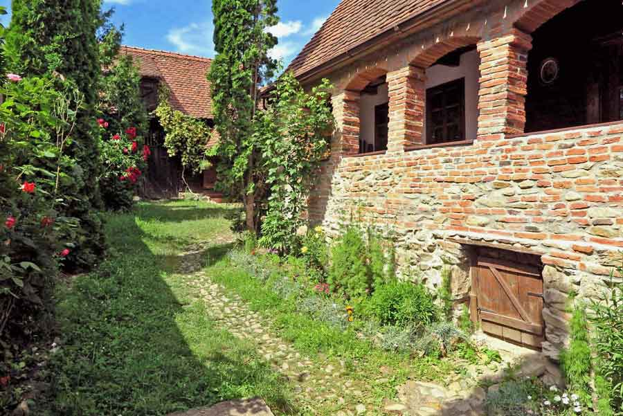 transylvania farmhouse romania for families with children and pets