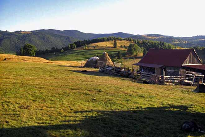 holiday mountain cottage romania hiking carpathians