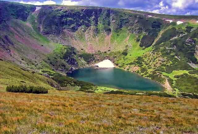 romanian carpathian mountains images