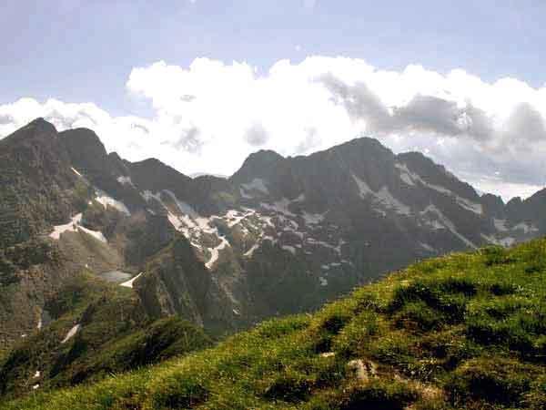 carapthian hiking in transylvania