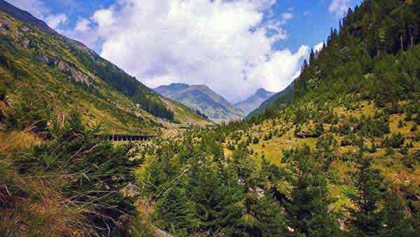 trekking carpathian mountains romania