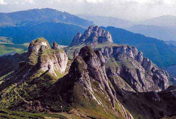 sights attractions lanscapes for your carpathian tour transylvania