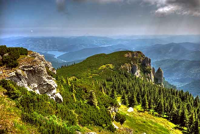 holiday carpathian mountains photos for hiking in transylvania