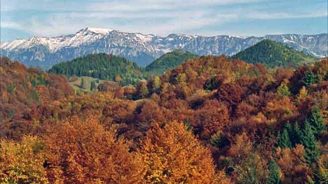 photos of carpathian mountains transylvania trekking