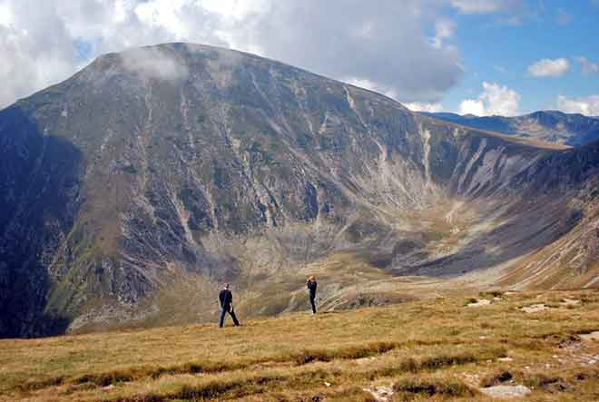 trekking in the carpathian mountains romania hiking vacation