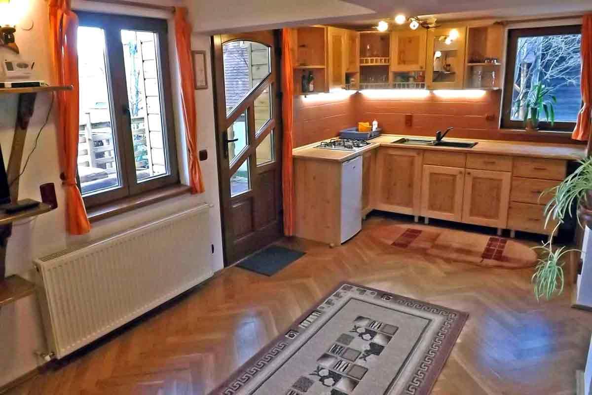garsoniera regim hotelier sibiu | cazare apartament marginimea sibiului