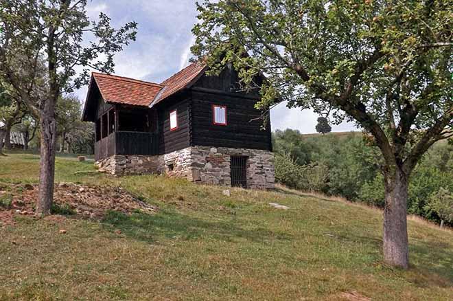 imagini cabane si case de vacanta marginimea sibiului