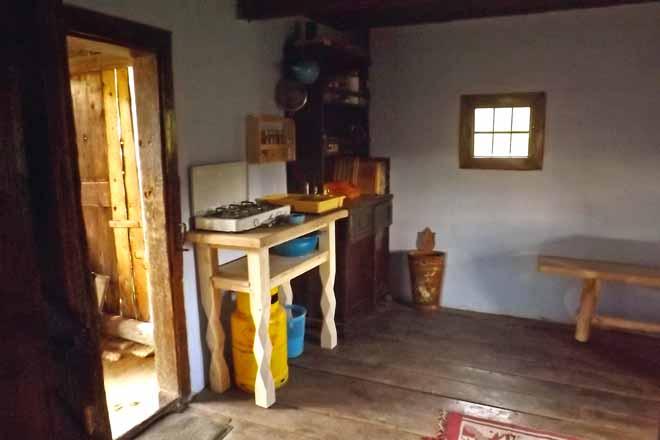 cazare cabane de vacanta transilvania | drumetii pe munte