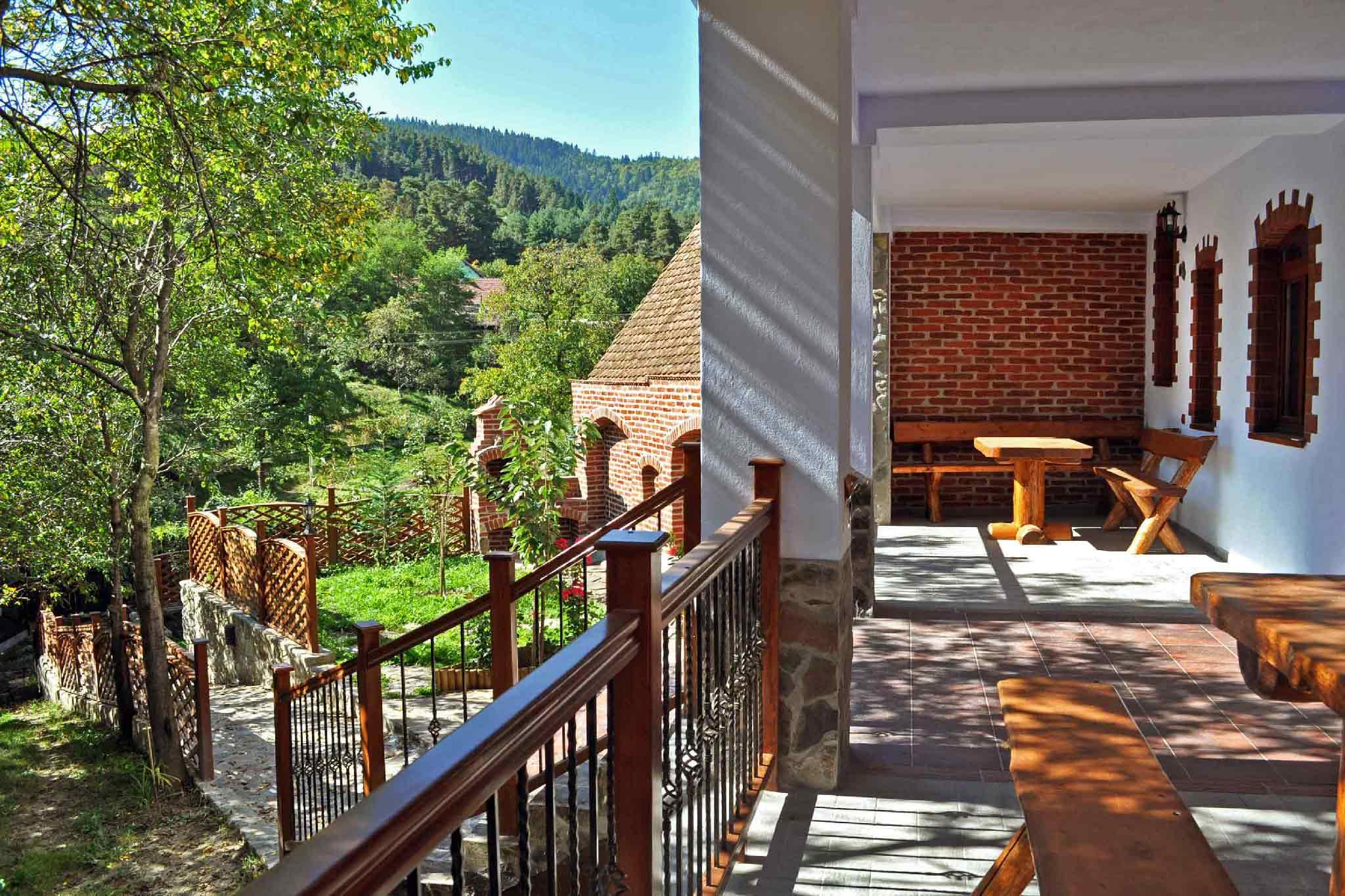 location villa vacances roumanie transylvanie aux carpates près de sibiu