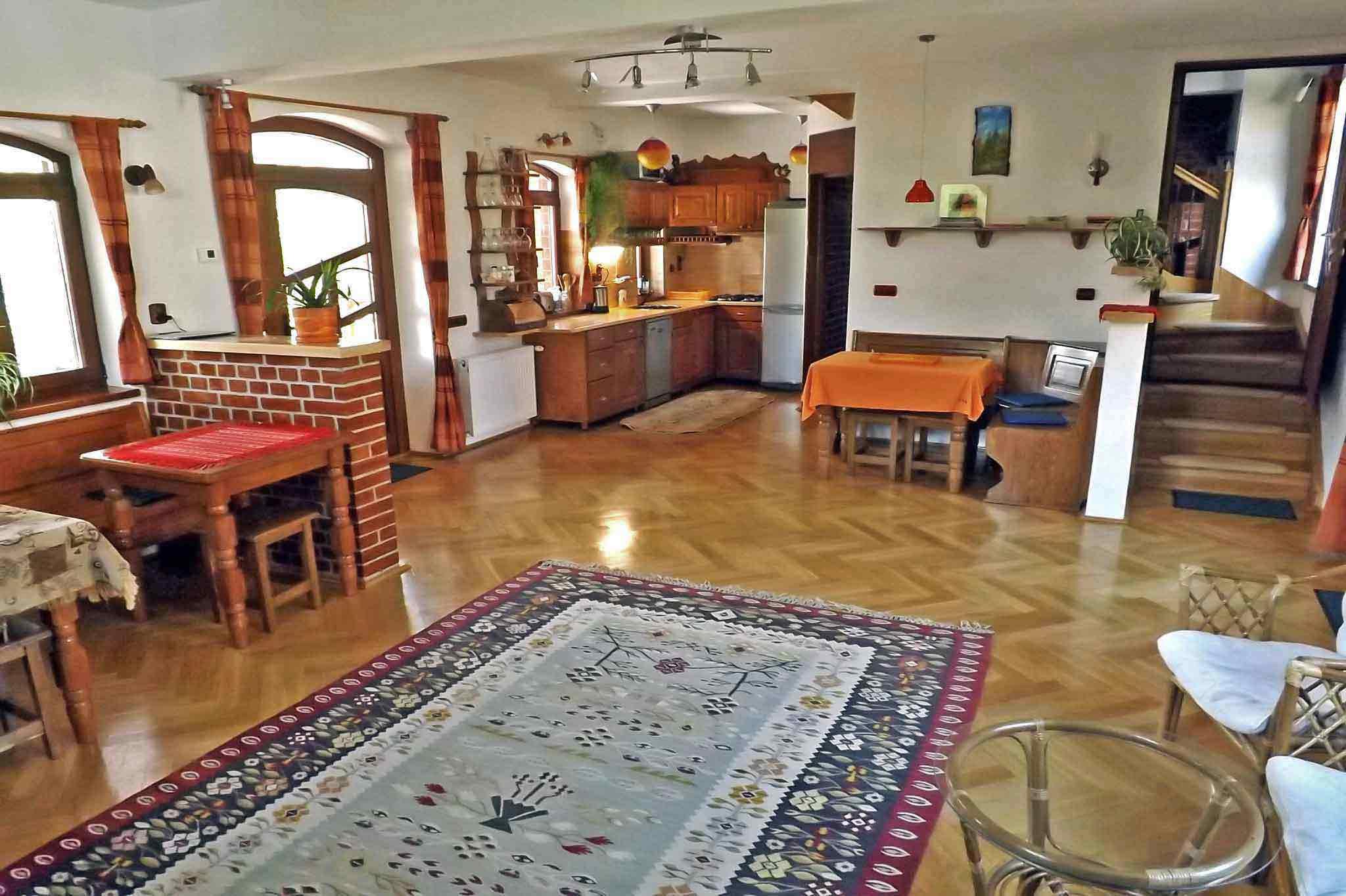 villa vacances sibiu dans les montagnes de carpates | location roumanie transylvanie