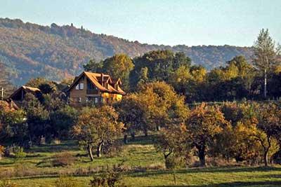 Casa Zollo | location chalet roumanie | vacances de randonnée dans les carpates en transylvanie