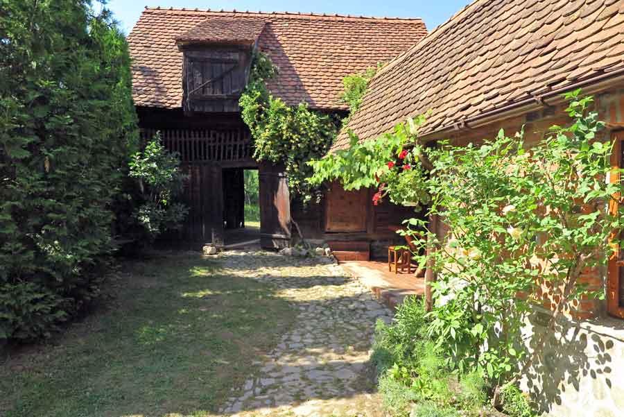 location ferme a lour en transylvanie | sejour vacances famille roumanie
