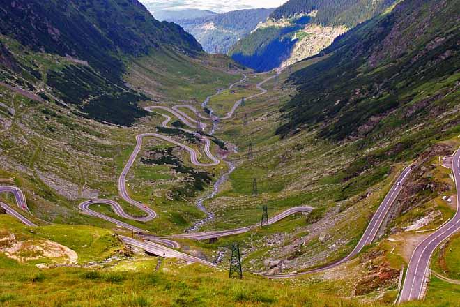 route transfagarasan roumanie – circuit en moto dans les carpates