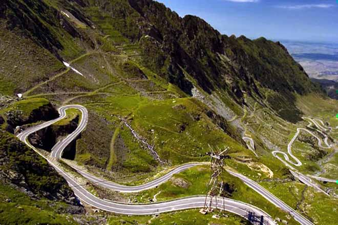 transfagarasan - plus belle route du monde en roumanie