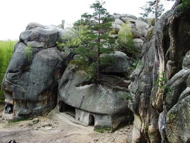 megalitica romania