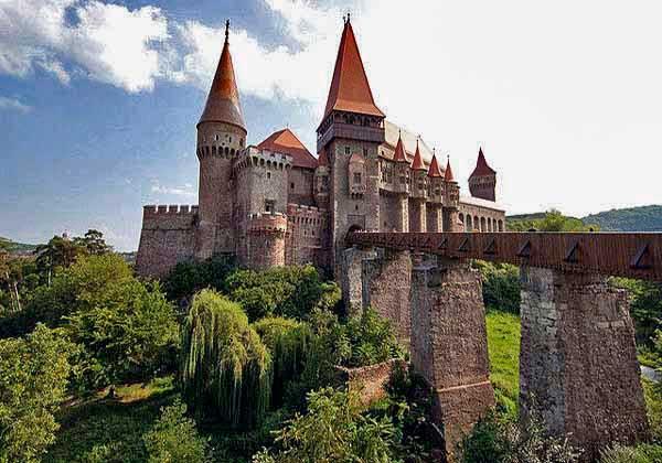 transylvania castles romania fortresses