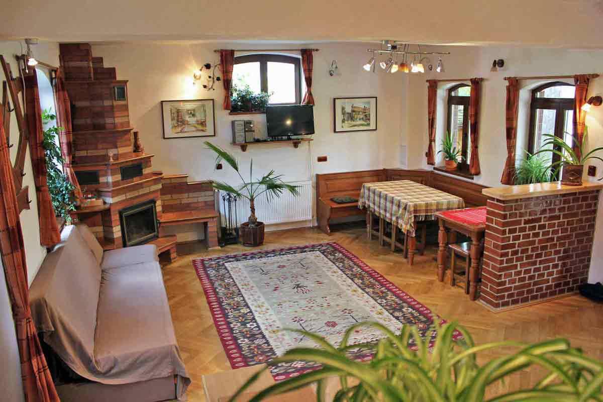 casa villa sibiu | karpaten ferienhaus rumänien für 8 personen mit kamin für siebenbürgen urlaub