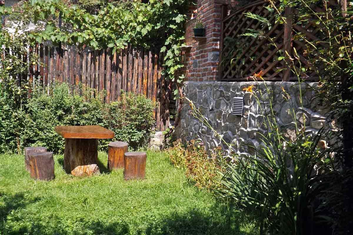 ferienhaus-villa in karparten-dorf bei sibiu-hermannstadt für 10 personen mit kamin
