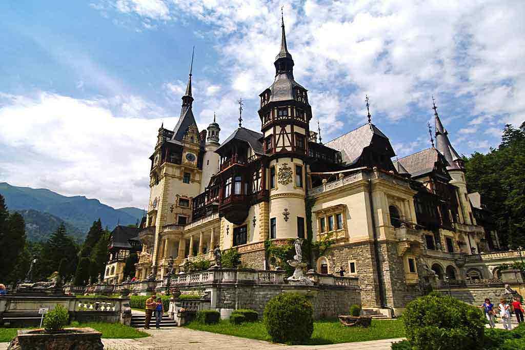 www.casa-vale.net • rumänien ferienhaus karpaten für familien-urlaub mit hund in siebenbürgen