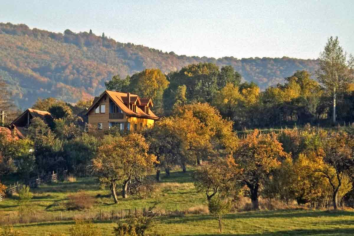 karpaten-villa für deine rumänien-reise nach sibiu in siebenbürgen